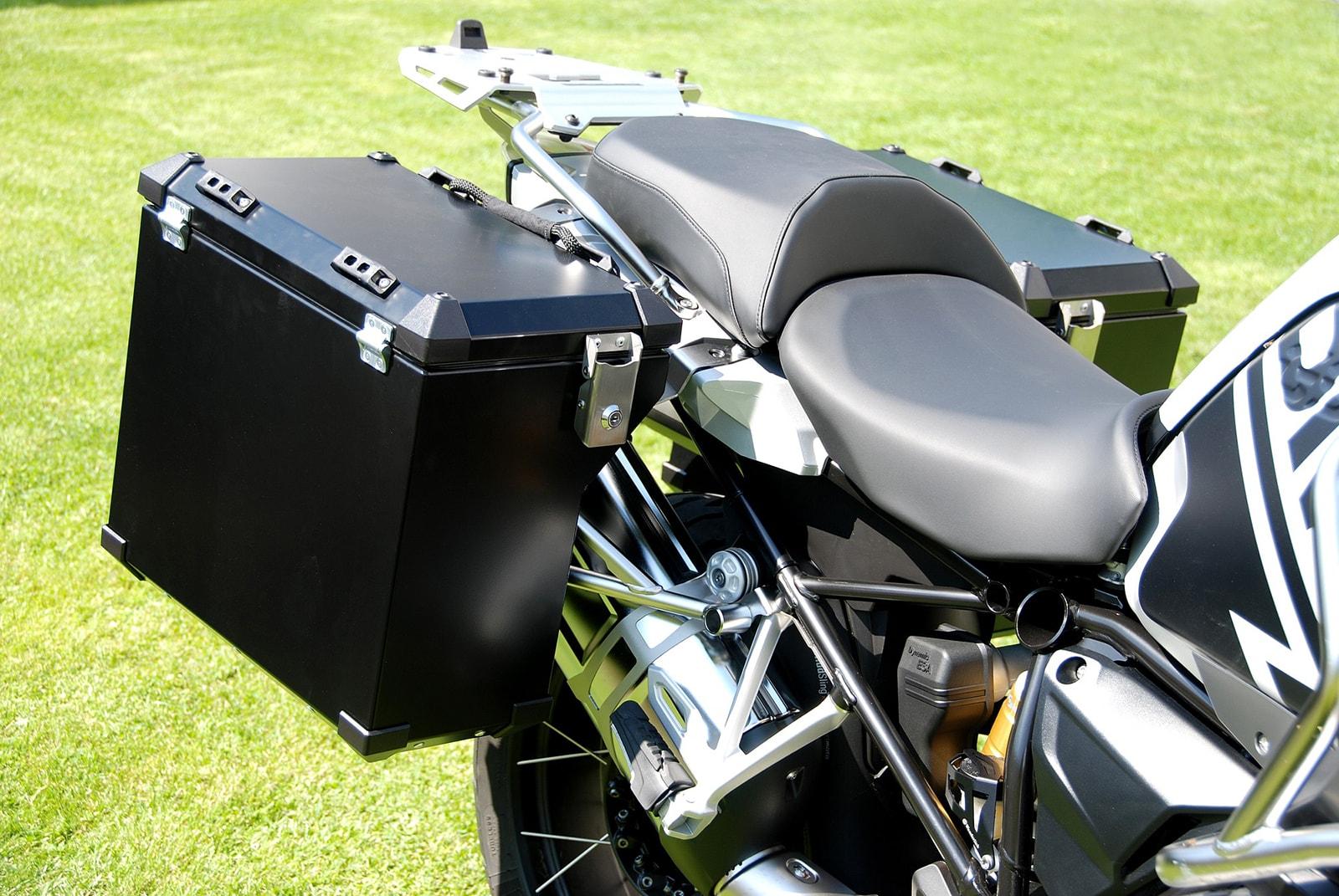 Defender  panniers system 45L