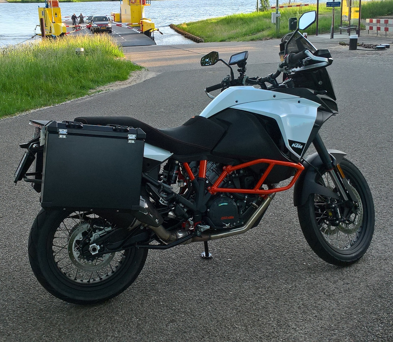 Defender panniers system up to 2020