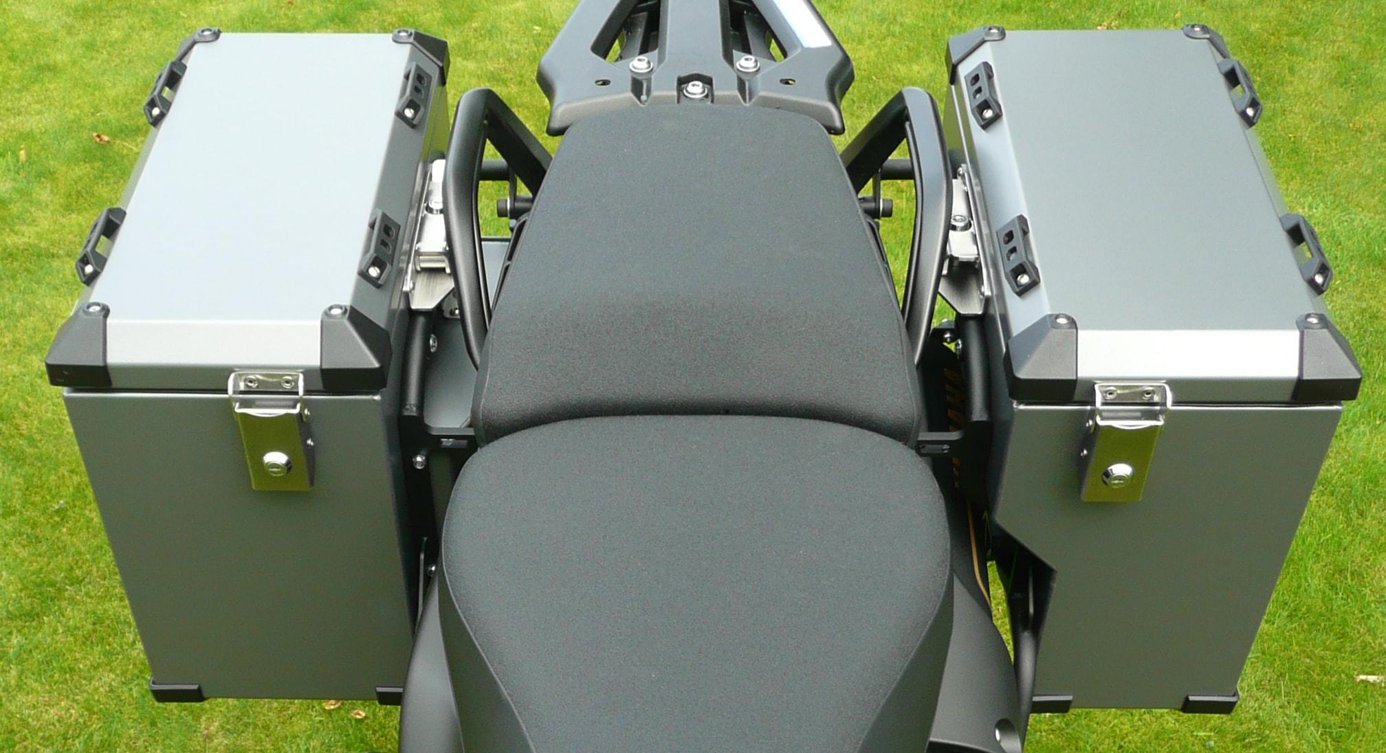 Defender panniers system