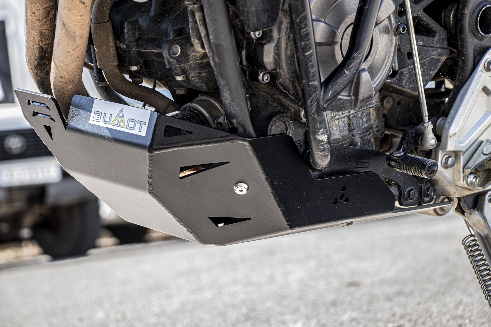 Skid plate for T700